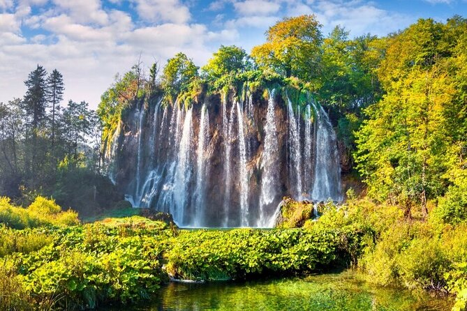 Private Transfer from Split to Zagreb with Plitvice Lakes Guided Tour Included