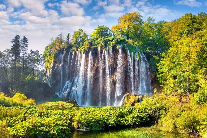 Private Transfer from Zagreb to Split with Plitvice Lakes Guided Tour Included
