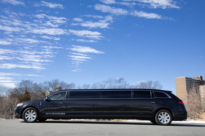 Private New York City Airport Departure Transfer by Luxury Stretch Limo