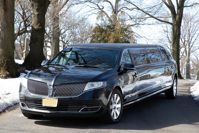 Private New York City Airport Arrival Transfer by Luxury Stretch Limo