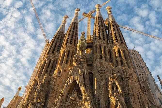 Gaudí Bike Tour and Sagrada Familia Skip The Line Entrance