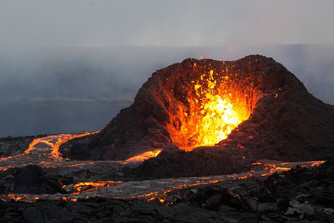 Full Day Private Tour to Active Volcano, Guided Hike and Reykjanes Peninsula