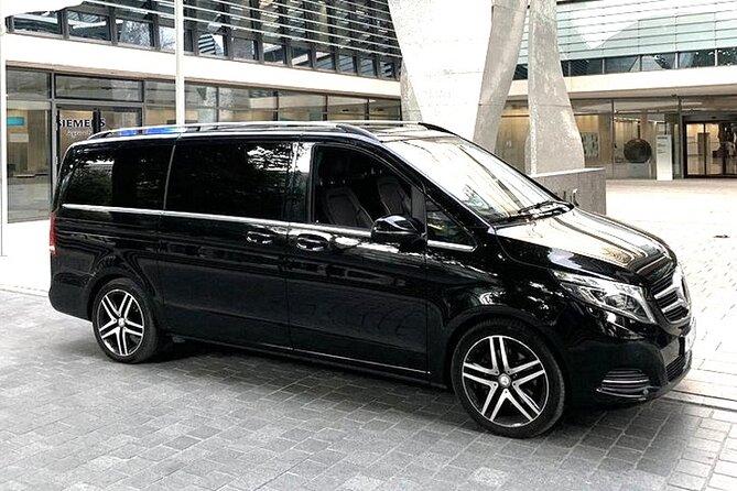 Departure Private Transfer: Valencia to Valencia Airport VLC in Luxury Van