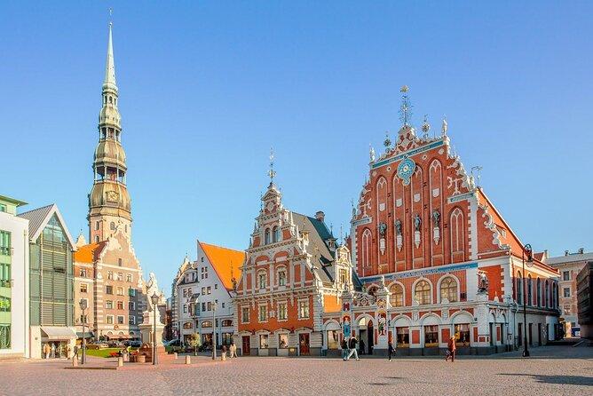 Scavenger hunt through Riga's old town