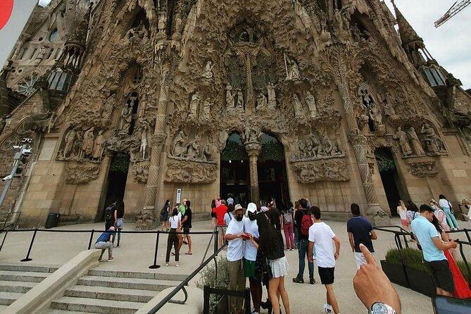 Skip The Line Sagrada Familia Guided Experience
