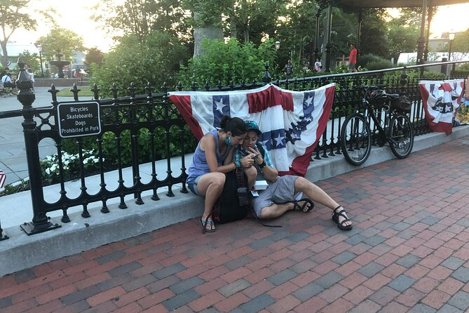 Self-Guided Scavenger Hunt in Charleston