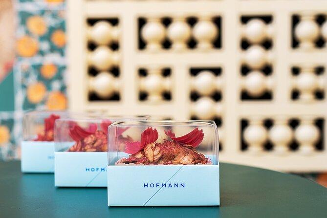 Summer Vicens: Visit + Audioguide + Raspberry and yogurt cake