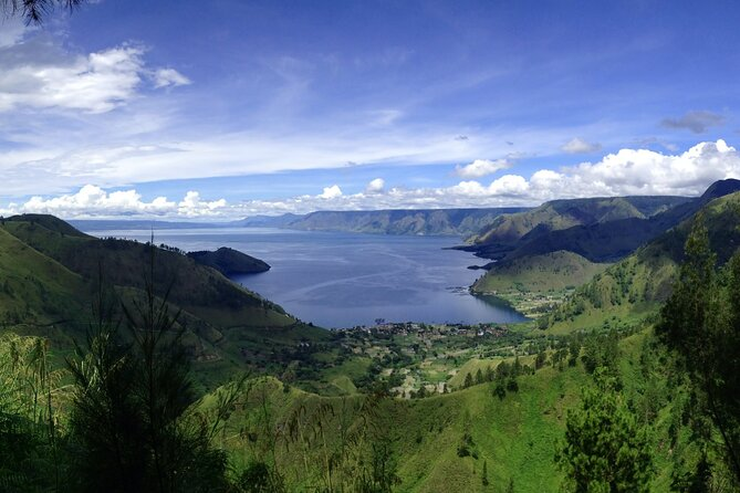 One day tour to explore brastagi High land & lake Toba departure from Medan
