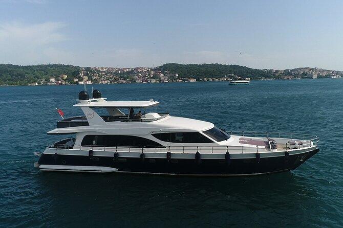 Short Circle Bosphorus Yacht Cruise