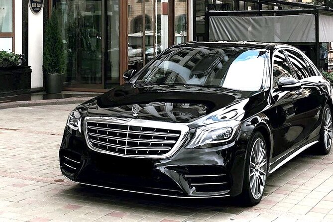 Private Transfer: Nice Airport NCE to Nice City in Luxury Car