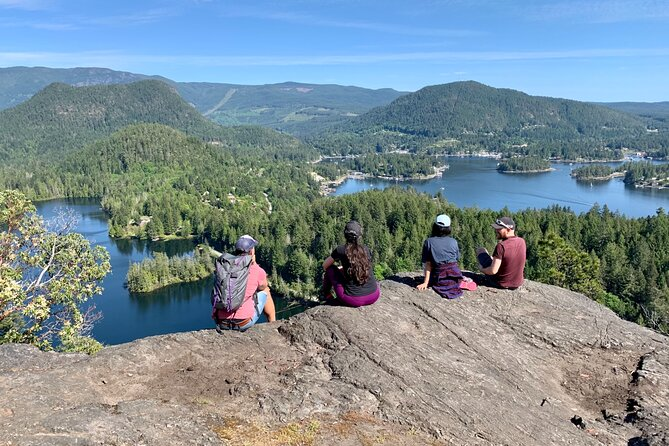 Full-Day Small-Group Tour of the Sunshine Coast