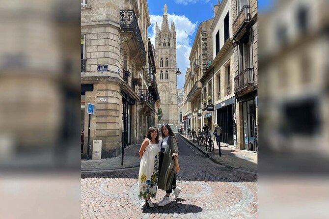 Bordeaux City Custom & Private Guided Walking Tour with a Local