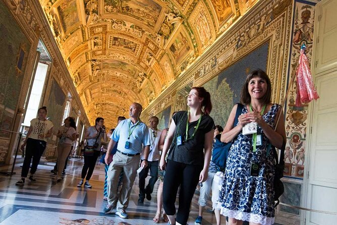 Skip-the-Line Small Group Tour of the Vatican, Sistine Chapel & St.Peter's