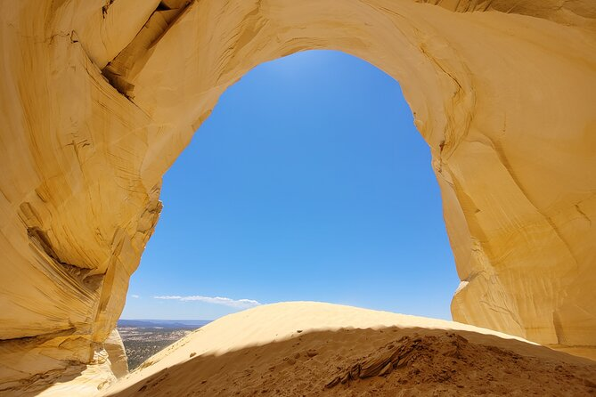 (Private Tour) Great Chamber Sand Cave Adventure