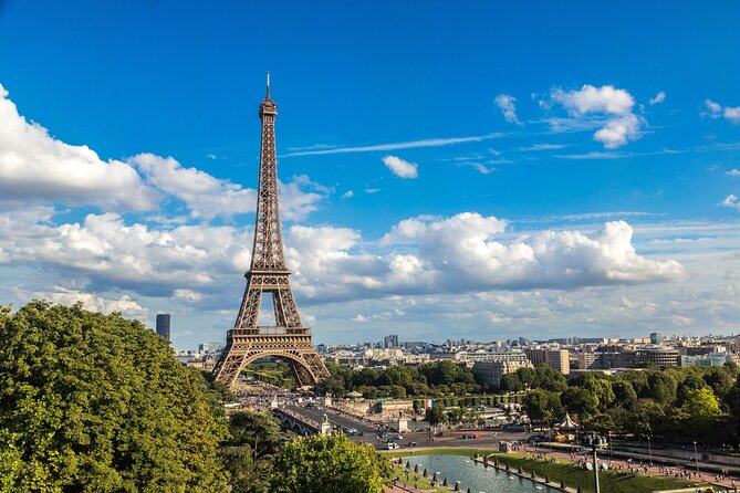 Eiffel Tower Tour with Direct Elevator Access to Summit and Seine River Cruise