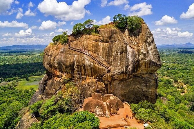 Sigiriya Day Tours with Sri Lanka Friendly Driver