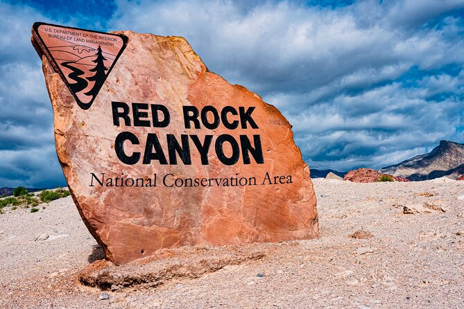 Red Rock Canyon, Ghost Town and Seven Magic Mountain / Private Tours Available