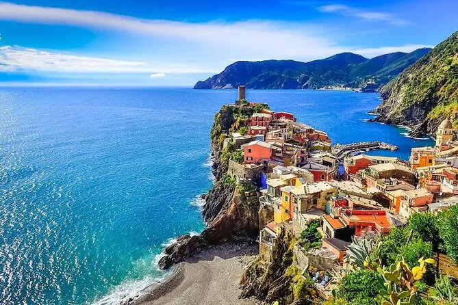 Ligurian Colors, Cinque Terre Full Day Private Tour From Milan