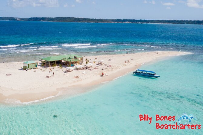 Best Of Full-Day Snorkeling and Beach Excursion with Hot Lunch in Sint Maarten