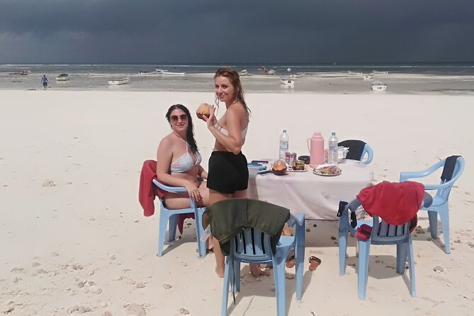 Sandbank Picnic and Dhow Sailing with Seafood Lunch