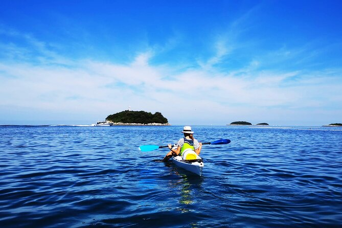 Half-Day Kayak Tour in Vrsar Archipelago