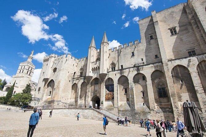 Avignon and Pont du Gard Tour