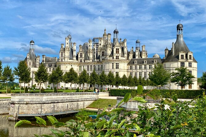 3-Day Normandy — Brittany — Loire Castles Live-guided small-group by Minivan