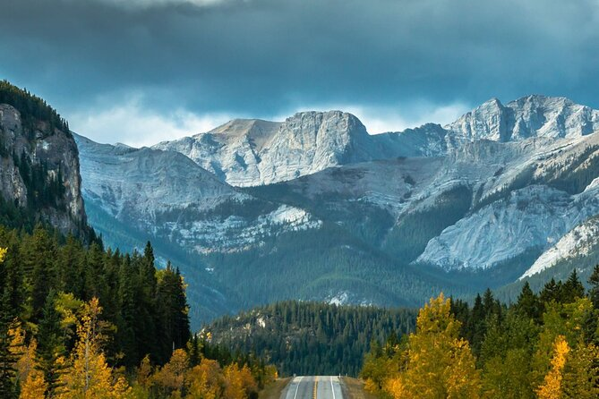 Hollywood in the Canadian Rockies - Private 1 Day Tour