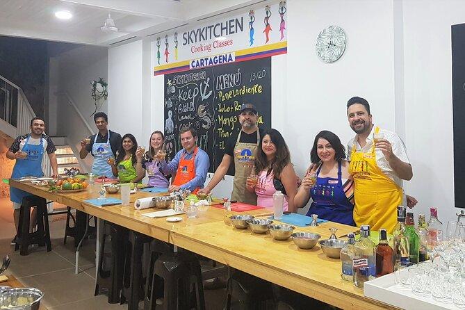 SkyKitchen 2-Hour Cocktail Class in Cartagena