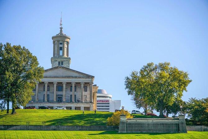 Germantown Food & Sightseeing Walking Tour in Nashville met Bicentennial Mall