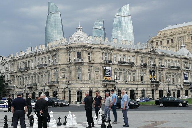 Baku sightseeing tour.