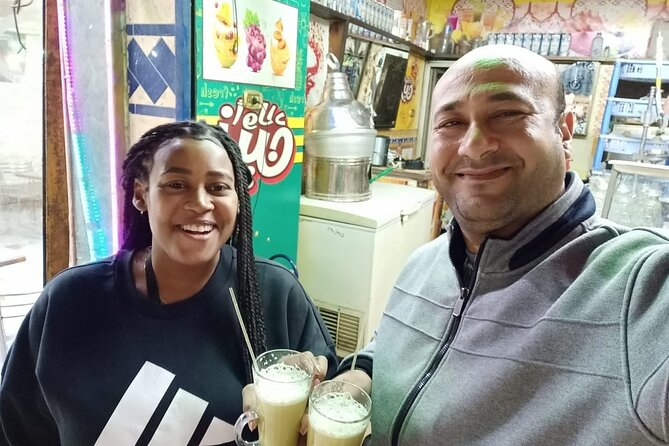 Private Guided Night Tour of Cairo , felucca ride and Egyptian meal and tea