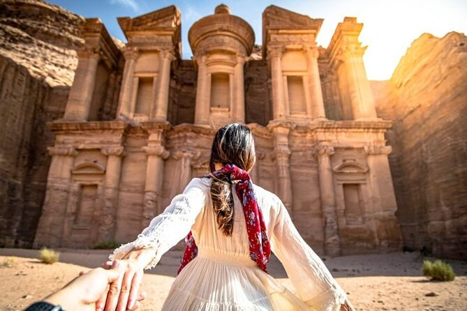Private 2 hour tour: The Monastery in Petra via the Bedouin route