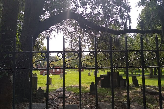 Savannah Ghost Walks with The Founder / Small Group and Private Walking Tours