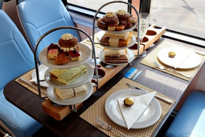 Panoramic 1-Hour Bus Tour of York with Afternoon Tea