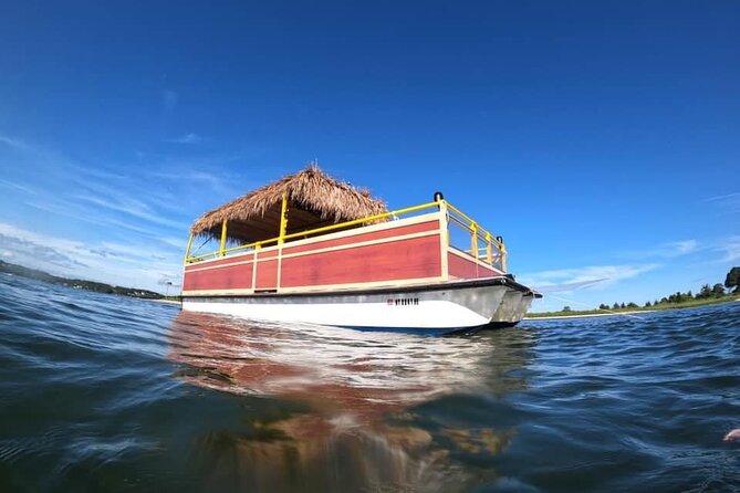 Private HampTiki Boat Tour in Peconic Bay and Shinnecock Park