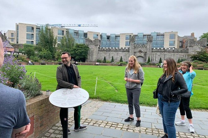 The Locals' Guide to Dublin Walking Tour
