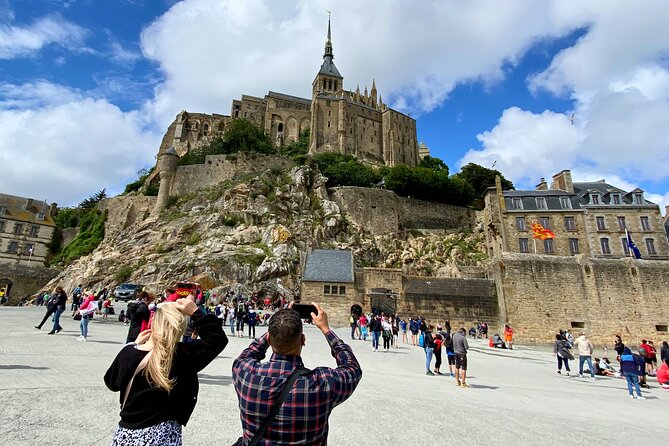 Guided Mont Saint-Michel Trip from Paris with Calvados Tasting