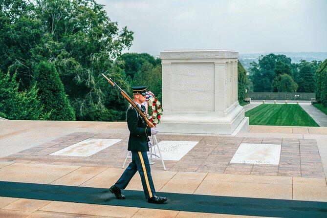 Washington DC Monuments Tour with Arlington Cemetery and Potomac River Cruise