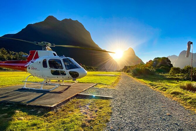Milford Sound Helicopter Flight with Glacier Landing from Queenstown - 201