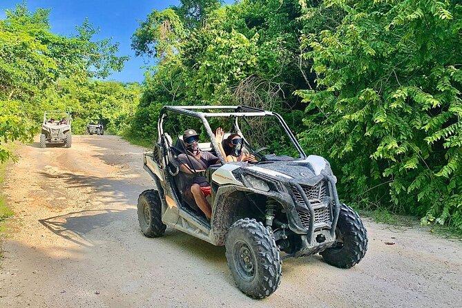 Excursión en buggy en Playa del Carmen con baño en cenote y visita a una aldea Maya
