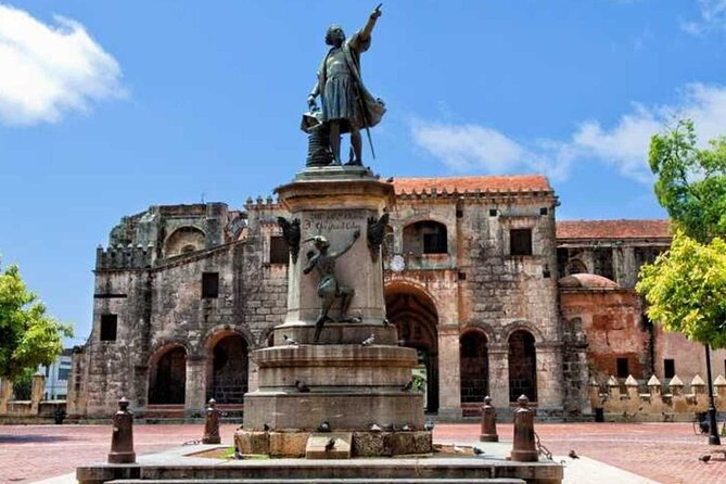 Santo Domingo City Tour with Pickup in Cap Cana
