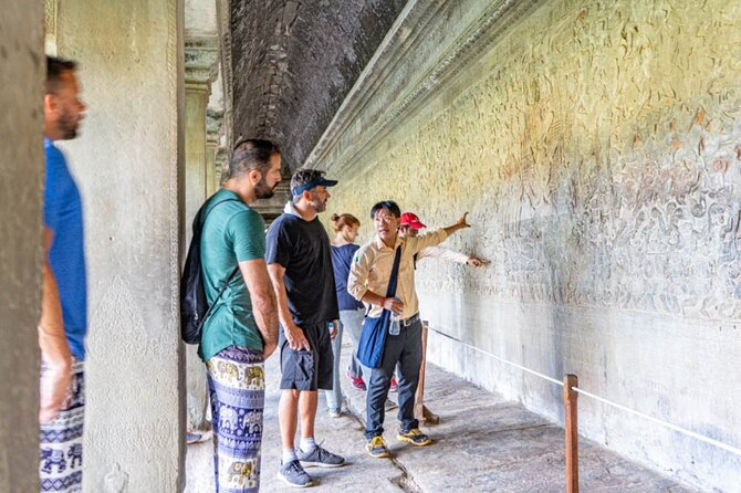 Angkor Adventure Vespa Tour - Inclusive local snacks & Lunch