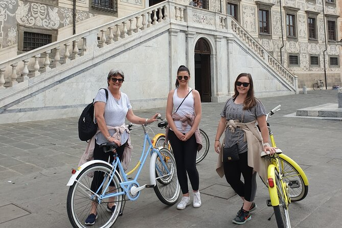 Cycling Pisa highlights half day tour