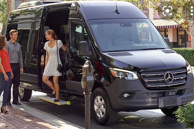 Fort Lauderdale Airport Private Transfer (Round-Trip)
