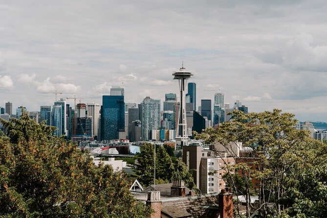 Seattle Highlights Private Tour: Time Travel Exploration Game