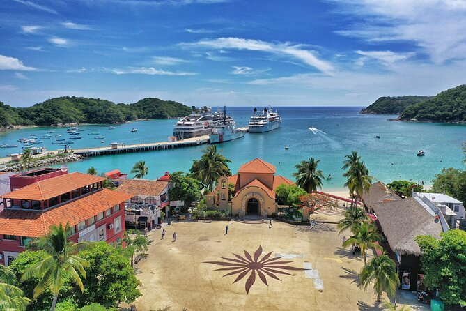 Huatulco Town Tour with Certified Guide