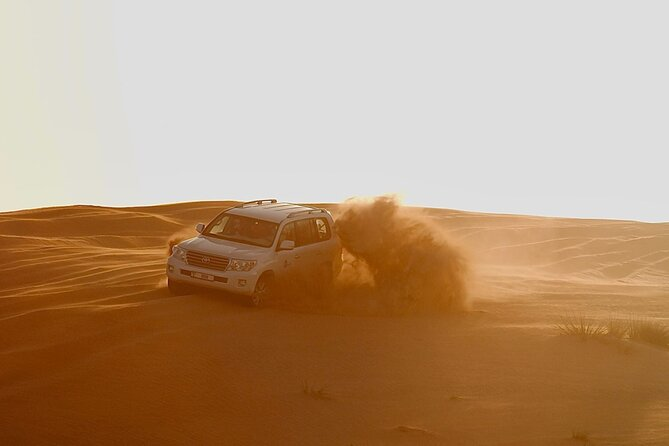 4x4 Desert Safari Abu Dhabi with BBQ Dinner