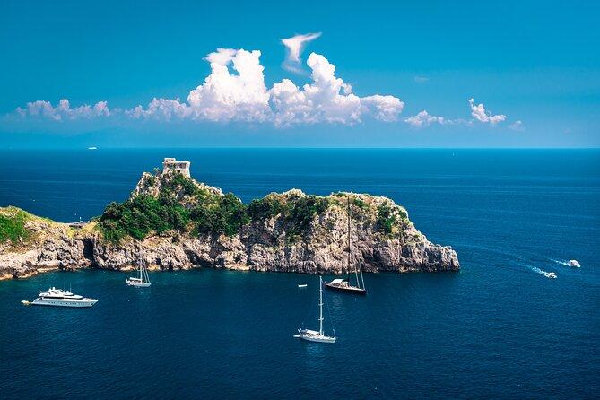 Boat tour of the Amalfi Coast with Aperitif