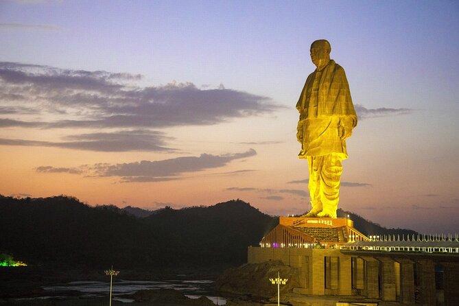 Vadodara to Hyderabad Drive to Explore the Man-made Wonder of India